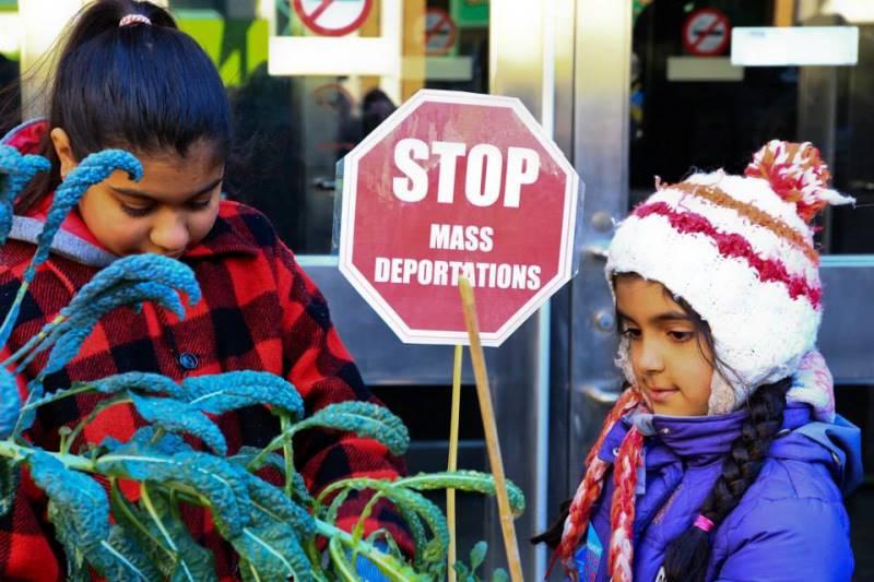 Protestas en Toronto por la entrada en vigencia de la nueva legislacion