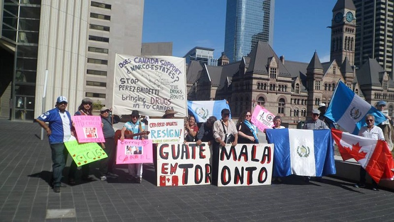 Guatemalteco canadienses prostestaron en Toronto