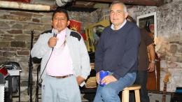 Felipe Rangel Uncacia y Francisco Ramírez Cuellar durante una conversación con la comunidad latinoamericana en Toronto.
