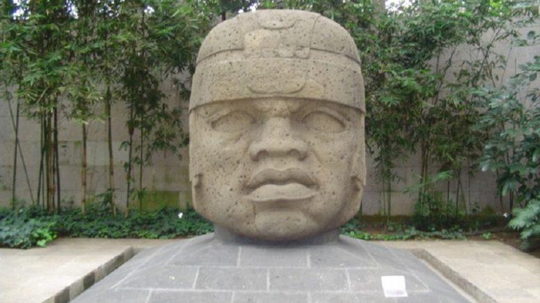 Ccabeza Olmeca